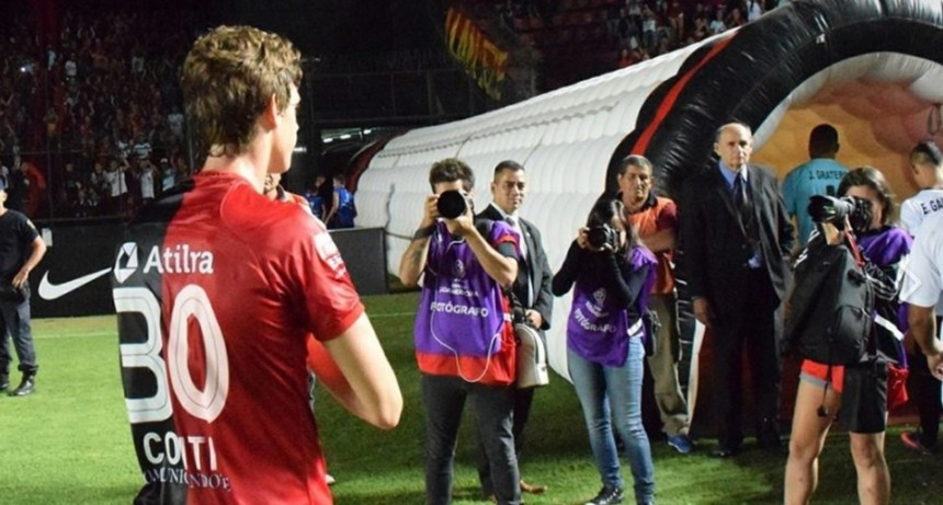 El Benfica está interesado en Conti y Colón está dispuesto a negociar
