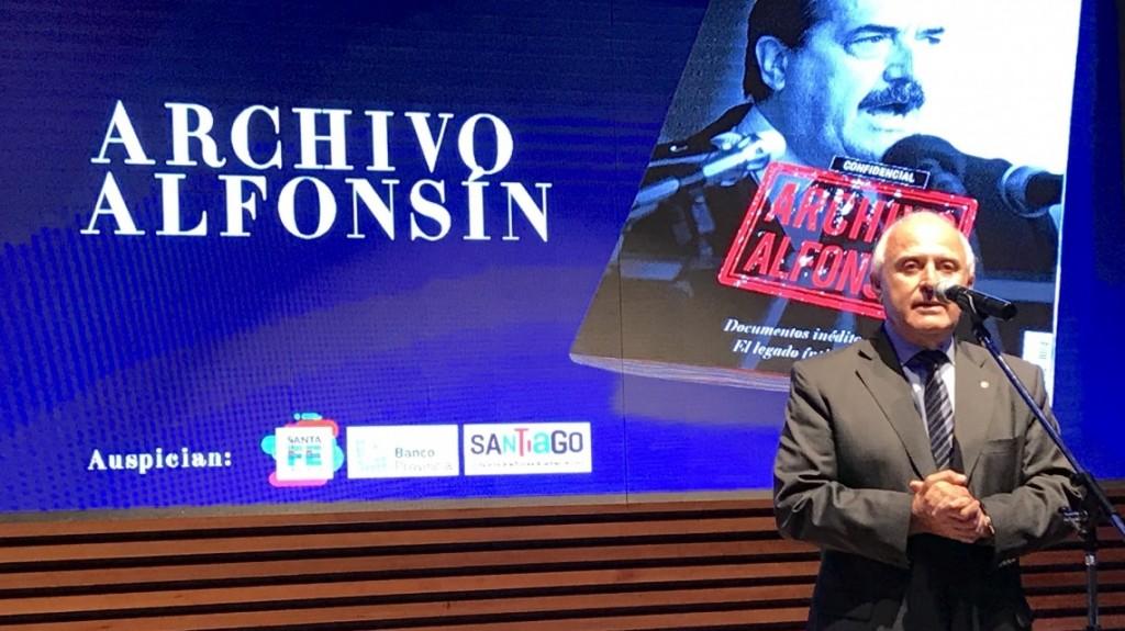Lifschitz participó del 30 aniversario de la revista Noticias, que homenajeó a Raúl Alfonsín