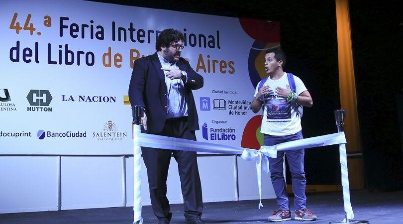 Repudiaron a Pablo Avelluto en la apertura de la Feria del Libro