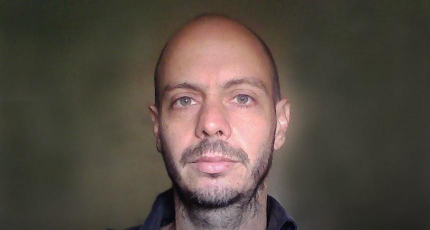 Pablo Escudero ganó el Premio Literario Municipal de Poesía