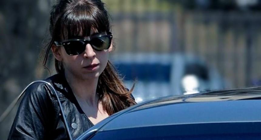 Autorizaron a Florencia Kirchner a quedarse en Cuba hasta el 15 de abril
