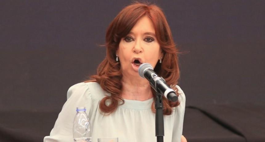 Un tribunal autorizó a Cristina Kirchner a viajar a Cuba