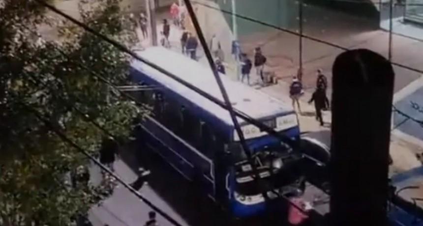 91 detenidos tras incidentes luego del partido entre Colón y Acassuso