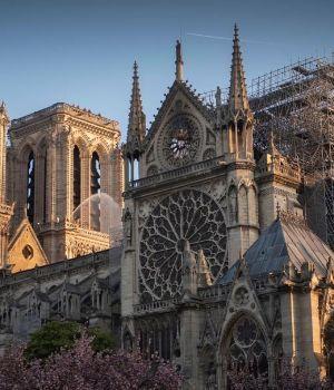 Un viaje desde el espacio y de mil millones de píxeles: así quedó Notre Dame