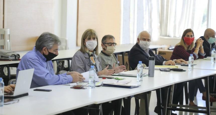 El gobierno analizó cómo continua el aislamiento social, preventivo y obligatorio en la provincia de Santa Fe