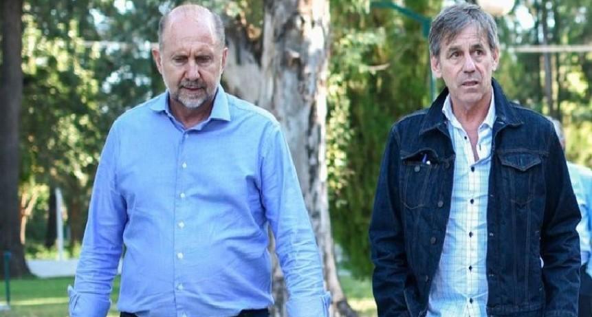 Jatón y Perotti recorrieron uno de los lugares que alojará a personas con coronavirus que no puedan aislarse en sus domicilios