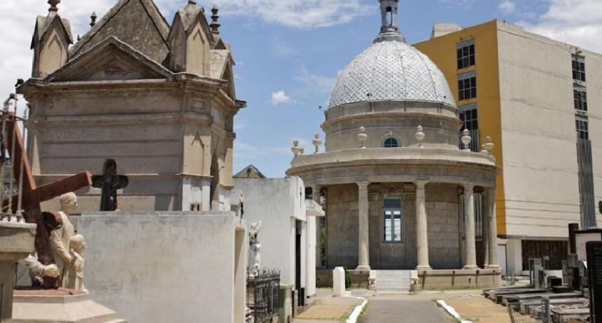 El Cementerio Municipal solo realiza inhumaciones y cremaciones