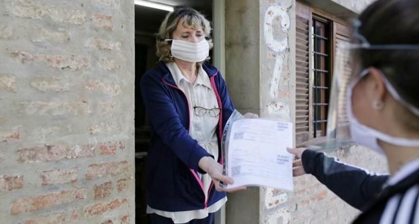 Los voluntarios anotados en la Municipalidad comienzan a brindar asistencia por la pandemia