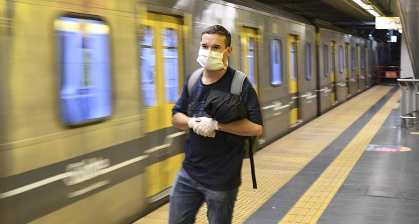 Desde este lunes el uso de tapabocas es obligatorio en el transporte público