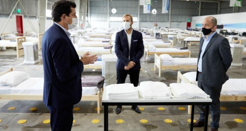 Wado de Pedro visitó el hospital de Ezeiza y centros de camas no hospitalarias para pacientes leves