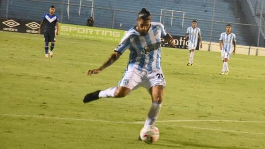Atlético derrotó en Tucumán a Vélez, que sigue puntero del Grupo 2