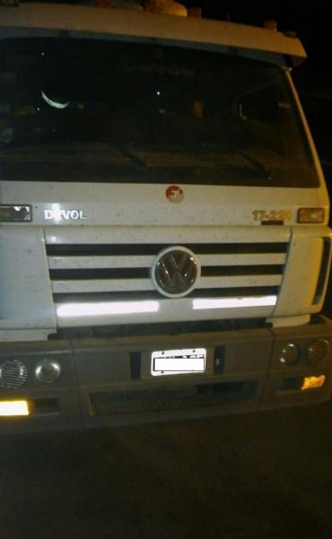 Seguridad Vial detuvo un camión en la A012 que realizaba maniobras peligrosas