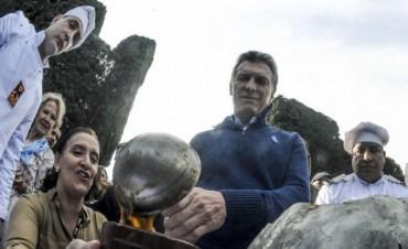 Macri compartió el locro del 25 de Mayo con funcionarios y organizaciones sociales