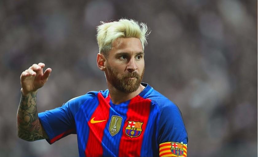 ¡Lionel Messi se cambió el look!