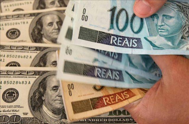 Por la crisis en Brasil, se devaluó el peso en Argentina y además cayó la Bolsa