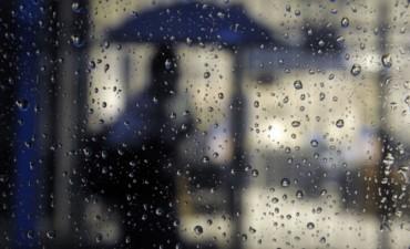 Se pronostica un miércoles con lluvia y temperaturas elevadas