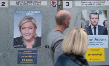 Francia elige a su nuevo presidente entre Macron y Le Pen