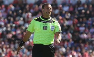 Estadísticas de Colón y Unión con Darío Herrera como árbitro