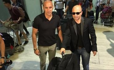 Sampaoli llegó al país pero debe aguardar para asumir como DT de la Selección