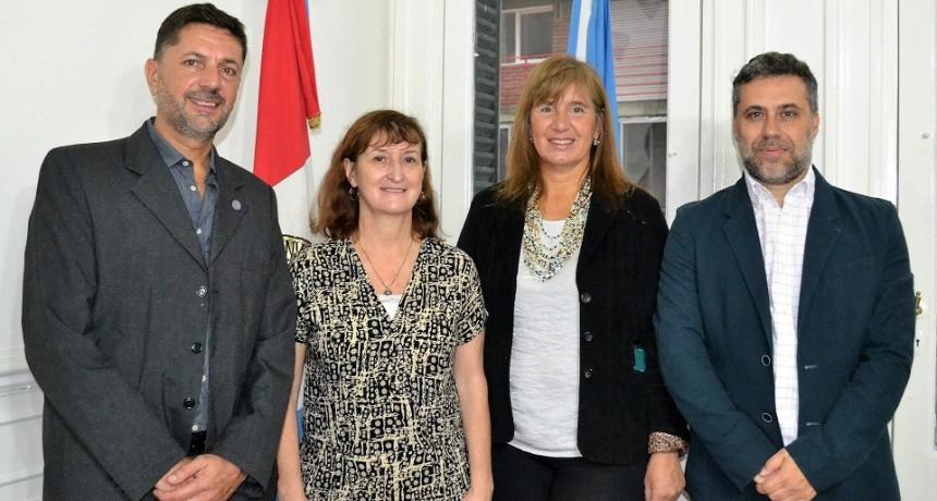 La Provincia firmó un convenio con el Colegio de Farmacéuticos