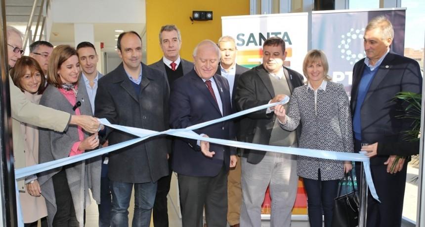 Se inauguró el nuevo edificio del Parque Tecnológico Litoral Centro