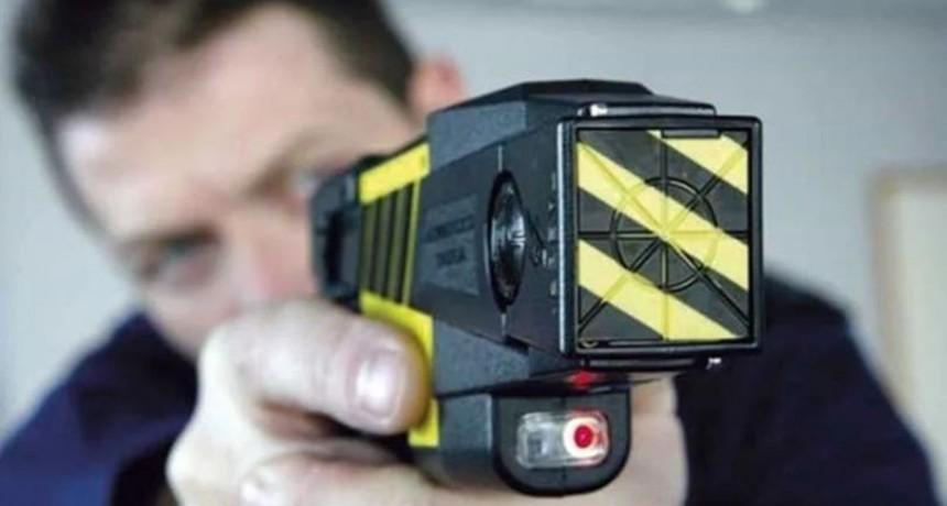 El Gobierno oficializó el uso de las pistolas Taser