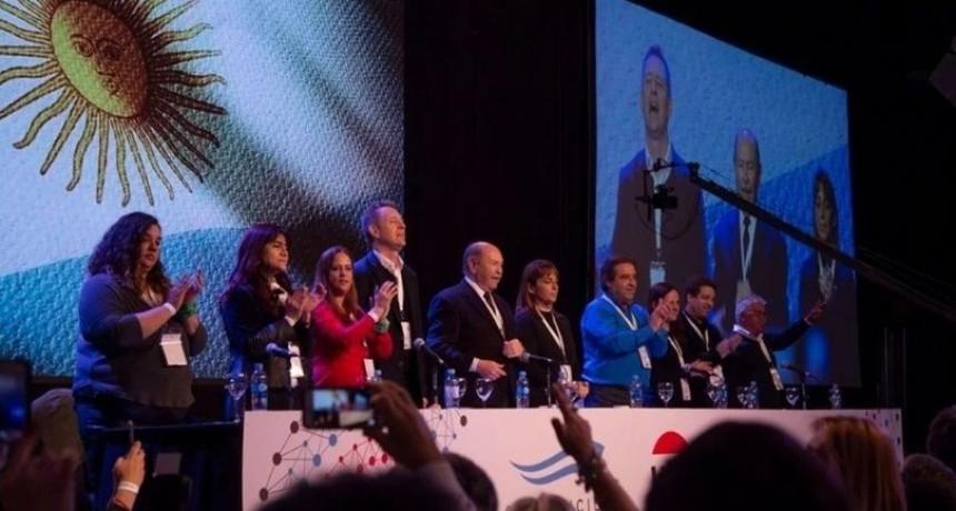 La UCR confirmó su permanencia en Cambiemos