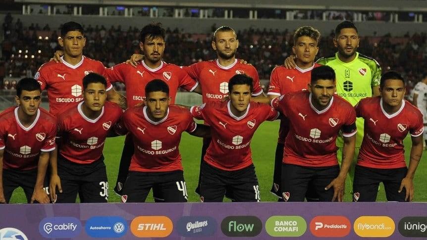 Jugadores de Independiente intimaron al club por las deudas salariales