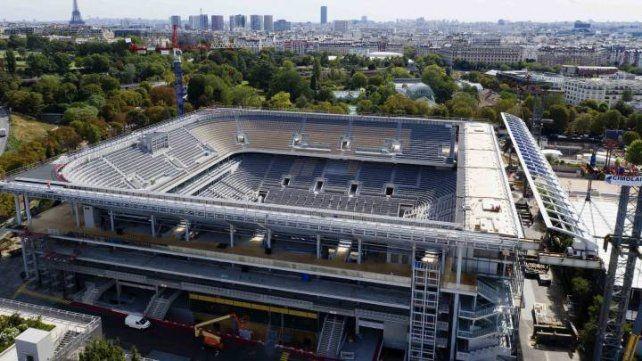 Roland Garros podría jugarse a puertas cerradas
