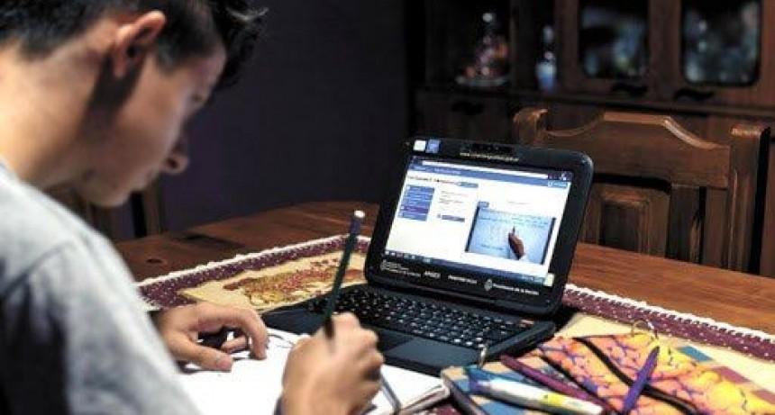 La mitad de los alumnos santafesinos no tiene internet y no puede aprender a distancia
