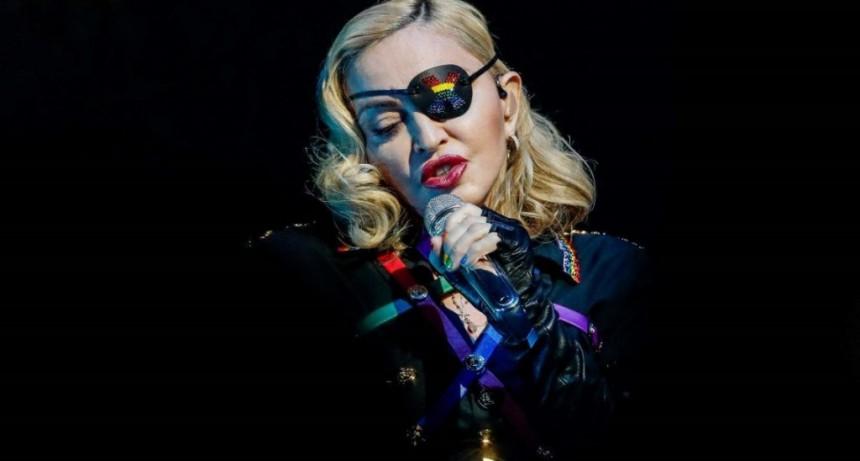 Madonna admitió que tuvo Coronavirus y donará un millón de dólares para investigación