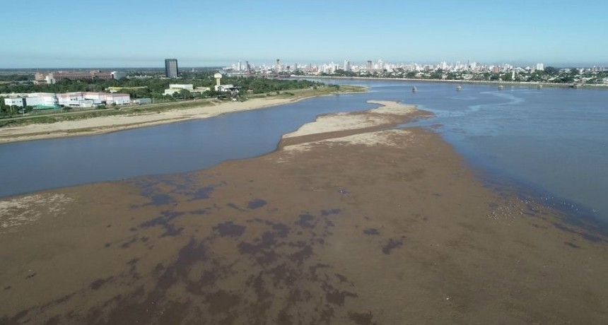 El río Paraná en el puerto de Santa Fe bajaría a 60 cm