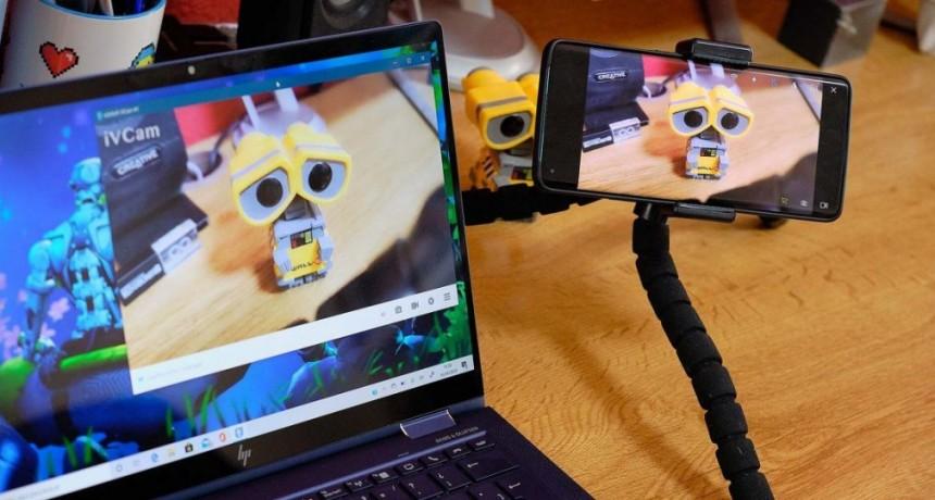 Cómo transformar el smartphone en una webcam