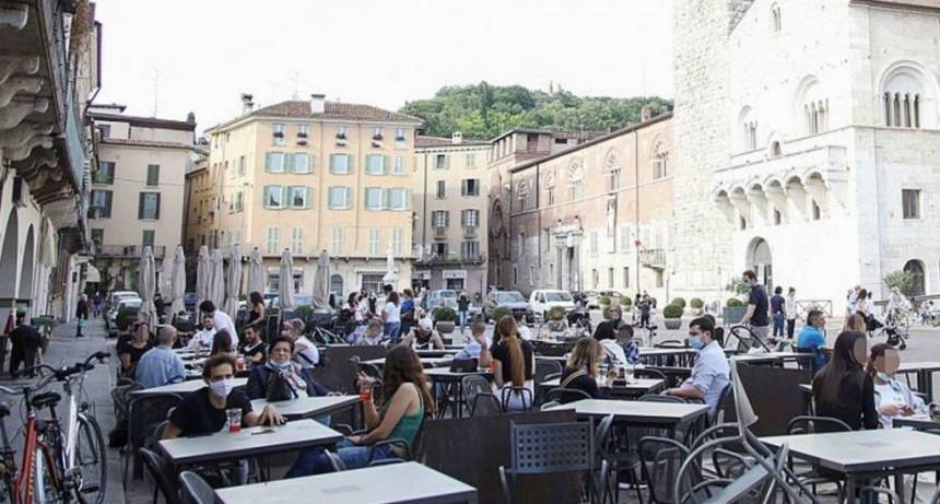Reabrieron bares y negocios en Italia con estrictas medidas de higiene