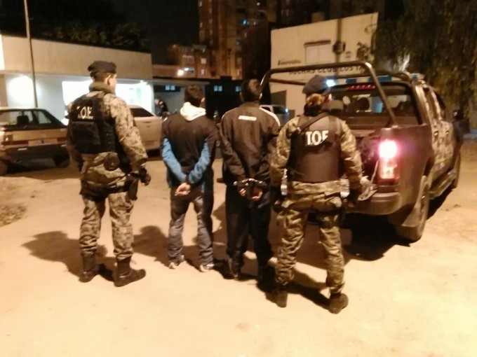 Las TOE detuvo a dos personas con pedido de captura
