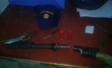 Policía Comunitaria demoró a un menor de edad con una tumbera y una cuchilla