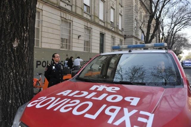 El Ministerio de Educación radicó la denuncia por las amenazas de bomba