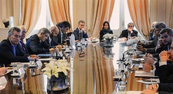 Macri les pidió a todos los ministros que recorten gastos en sus áreas para 2018