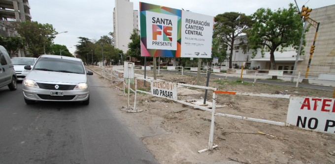 El municipio reclama que se finalicen los trabajos en el socavón de Urquiza y Bulevar