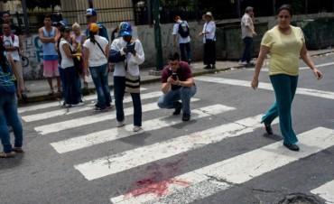 Ya suman 68 los muertos en Venezuela