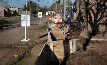 Avanza la red de gas natural en barrio Los Ángeles