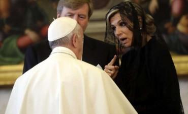 Francisco recibió a los reyes de Holanda en el Vaticano