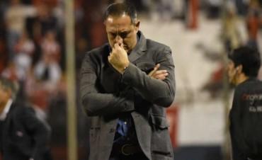 Unión volvió a perder y Marini dejó de ser el técnico