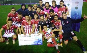 Unión avanzó en Copa Argentina tras derrotar a Chicago por penales