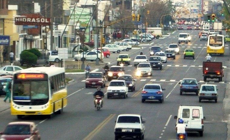 Se podrá estacionar en la izquierda en calles aledañas a Aristóbulo del Valle