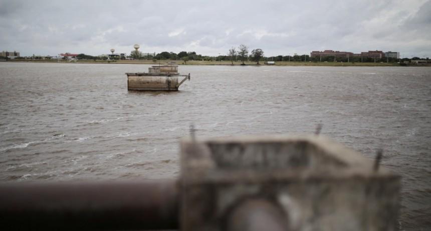 Buscan revitalizar la Costanera y los viejos pilares de la Laguna
