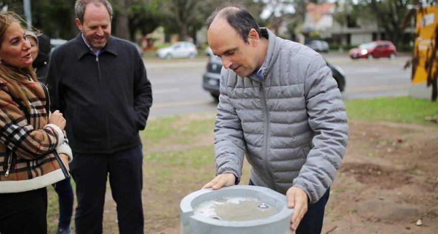 El Municipio instaló prototipos de bebederos antivandálicos en las Costaneras