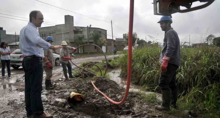 El Municipio limpió 25.800 toneladas de basura de canales a cielo abierto en 11 meses