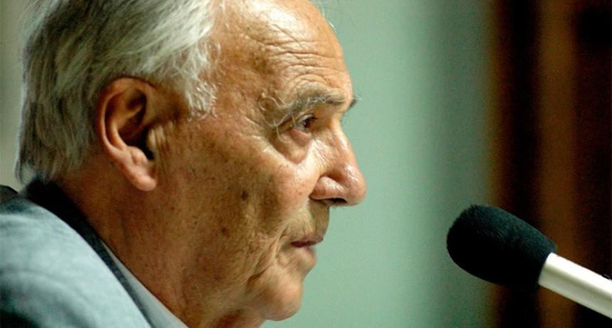 Falleció el periodista y docente Guillermo Alfieri