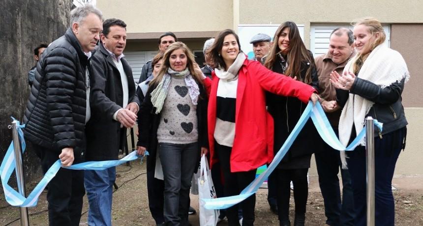 El gobierno provincial entregó 13 viviendas en el departamento San Jerónimo